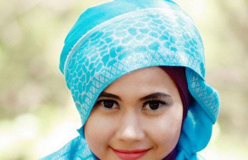 Model Hijab Acara Pesta Santai