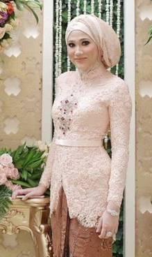 Gaun Kebaya Muslim 16