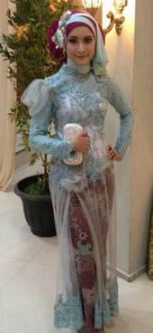 Gaun Kebaya Muslim 18
