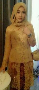 Gaun Kebaya Muslim 23