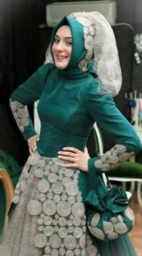 Gaun Kebaya Muslim 28