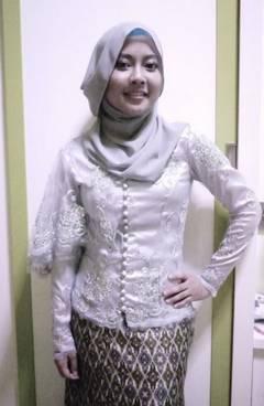 Gaun Kebaya Muslim 30