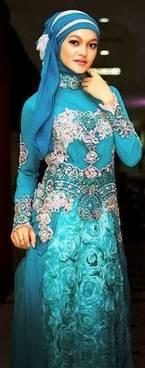 Gaun Kebaya Muslim 35