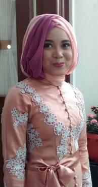 Gaun Kebaya Muslim 44