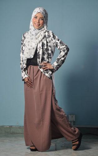 Celana Muslimah Syar'i
