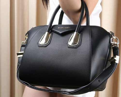 Tas Givenchy Antigona Kenya Grained Hardware