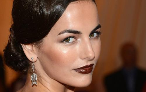 Warna Lipstik Untuk Bibir Tebal coklat