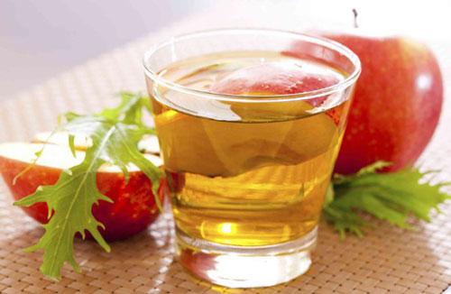 cara mengurangi keringat berlebih cuka sari apel