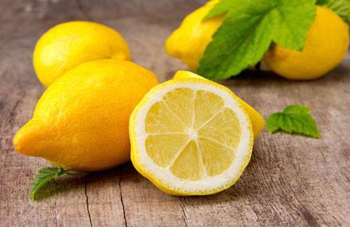 cara mengurangi keringat berlebih lemon