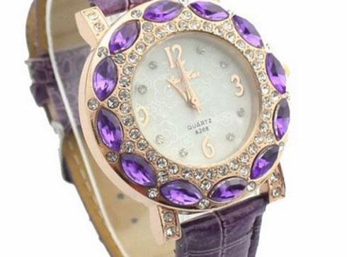 Gambar Jam Tangan Wanita Terbaru
