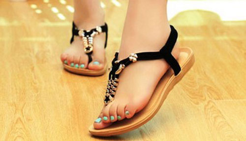 Model Sandal Tali Modis