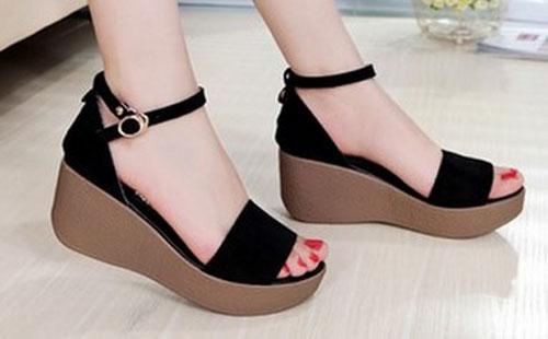 Model Sandal Terbaru Modern