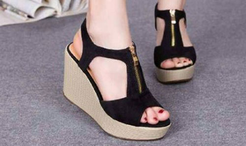 Model Sandal Terbaru Modis