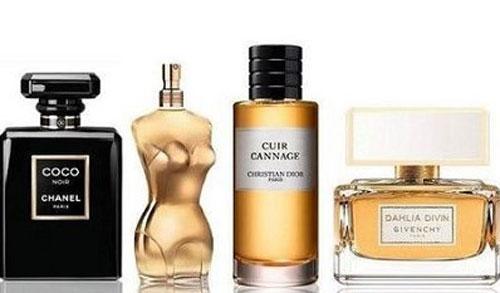 Aroma Parfum Wanita Yang Lembut