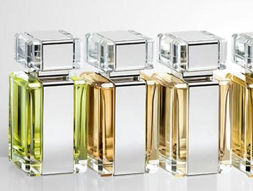Merk Parfum Aroma Woody