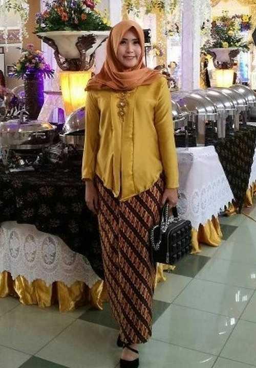 Model Kebaya Kutu Baru Hijab 09
