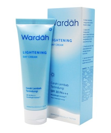 13 Wardah Lightening Day Cream