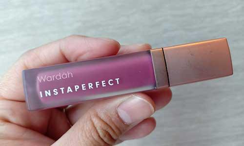 1. Wardah Instaperfect Mattesetter Lip Matte – 03 Chic